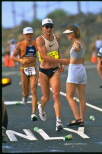 Mark Allen Passing Thomas Hellriegel at Kona in 1995. Photo by Rich Cruse - CrusePhoto.com
